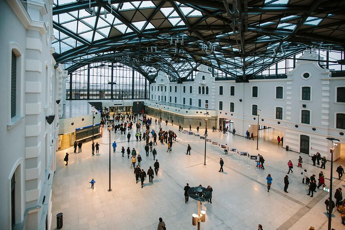 View of one of the largest train stations in Europe , fot. z arch. UMŁ